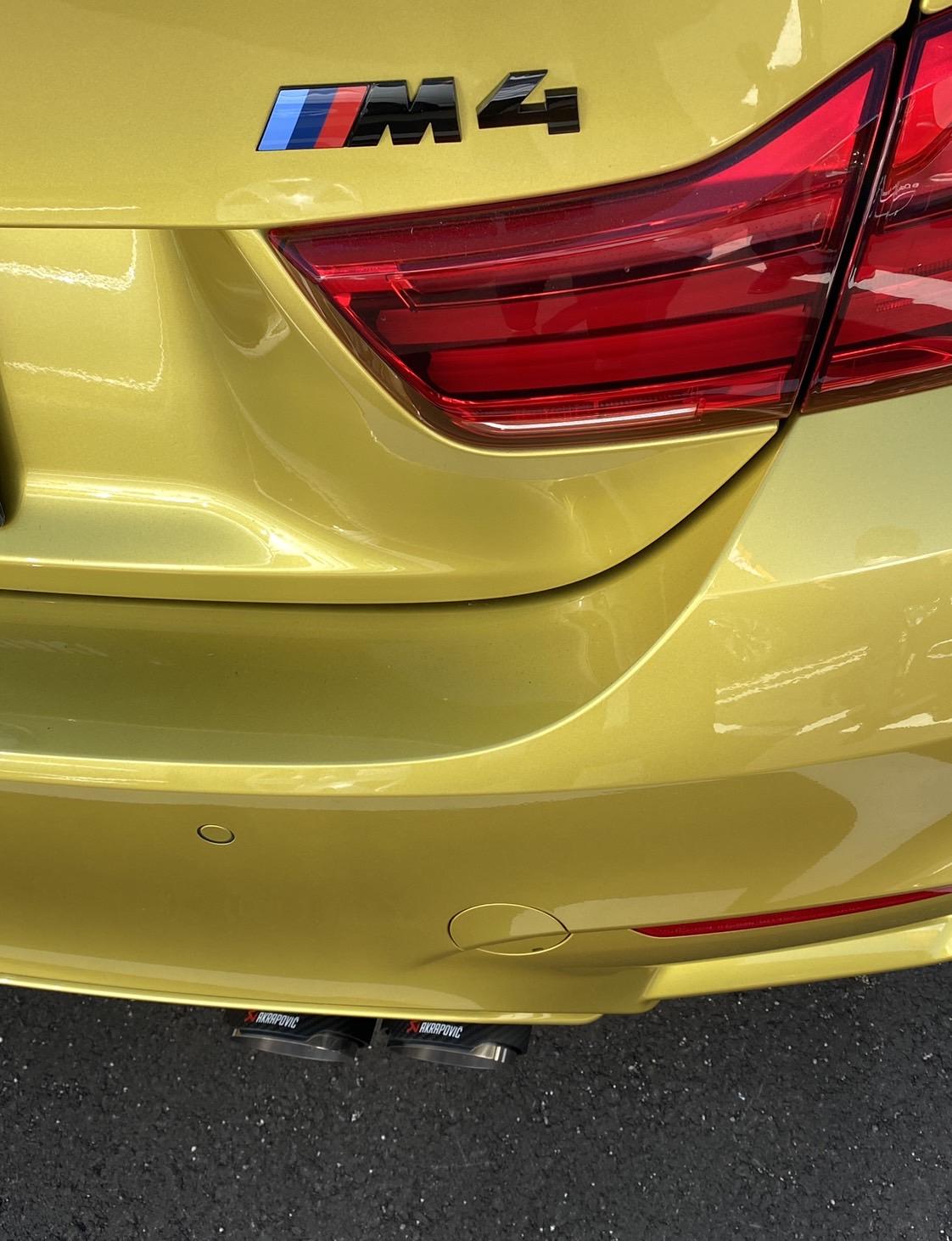 BMW M4 AKRAROVIC スリップオンラインマフラー交換