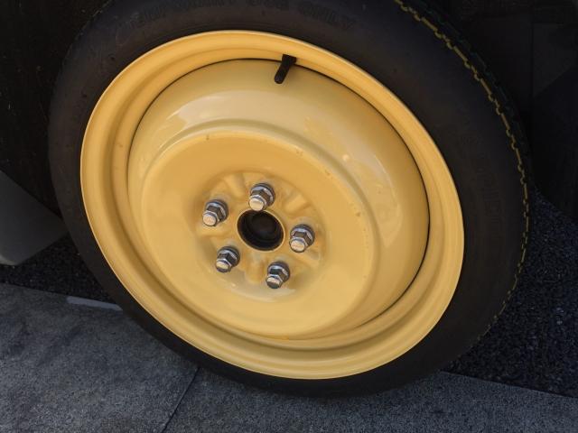 スペアタイヤは車検に必要なの?そもそも普通のタイヤとどう違うのか